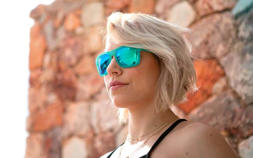 chica sunrise glasses