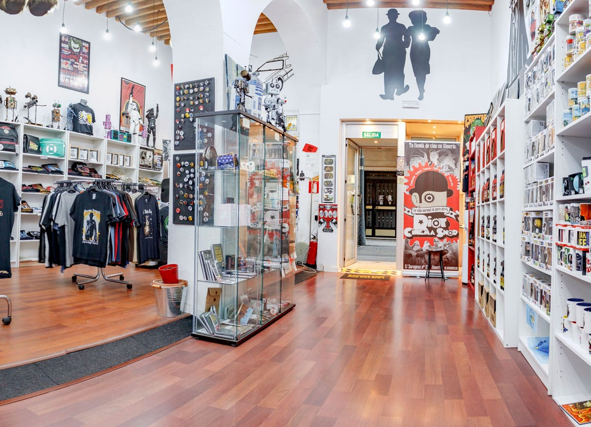 Riot-Cinema-Shop-Almeria-Tienda-Friki