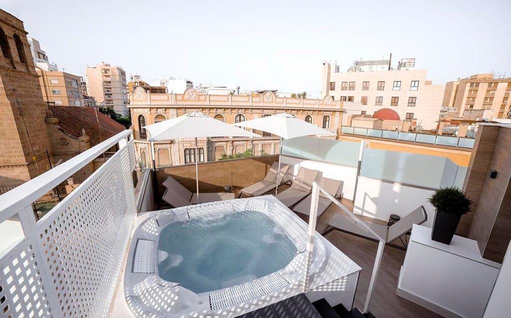 Nuevo Hotel Torreluz Almería